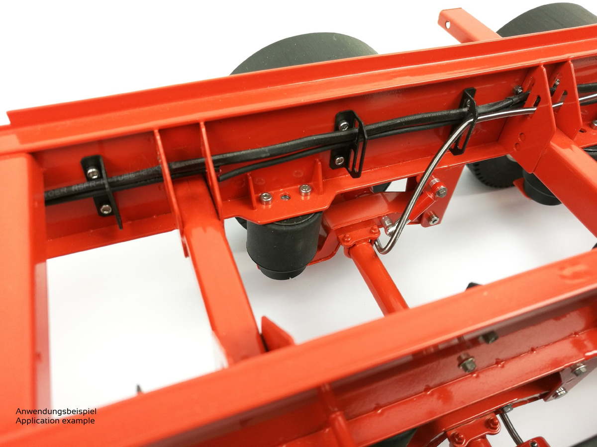 Swingarm and mount for trailer suspension