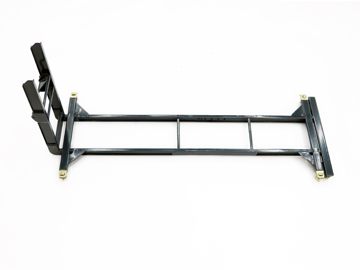Hookloader frame with 4 twistlocks, finished model